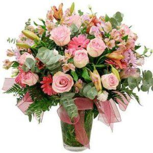 Jarra de Flores Cor-de-Rosa