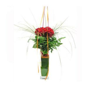 Bouquet de 6 Rosas em Jarra de Vidro